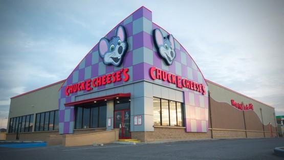 Chuck-E-Cheese1